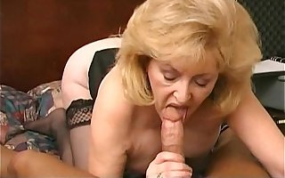 Busty mature Fucked hard at the motel