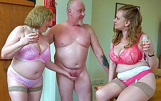 Older British threeway mating
