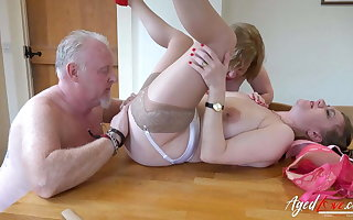 AgedLovE Two Matures and Handy Man in Trio